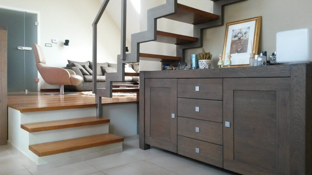 Escaleras interiores de parquet carpinteria proinfus barcelona