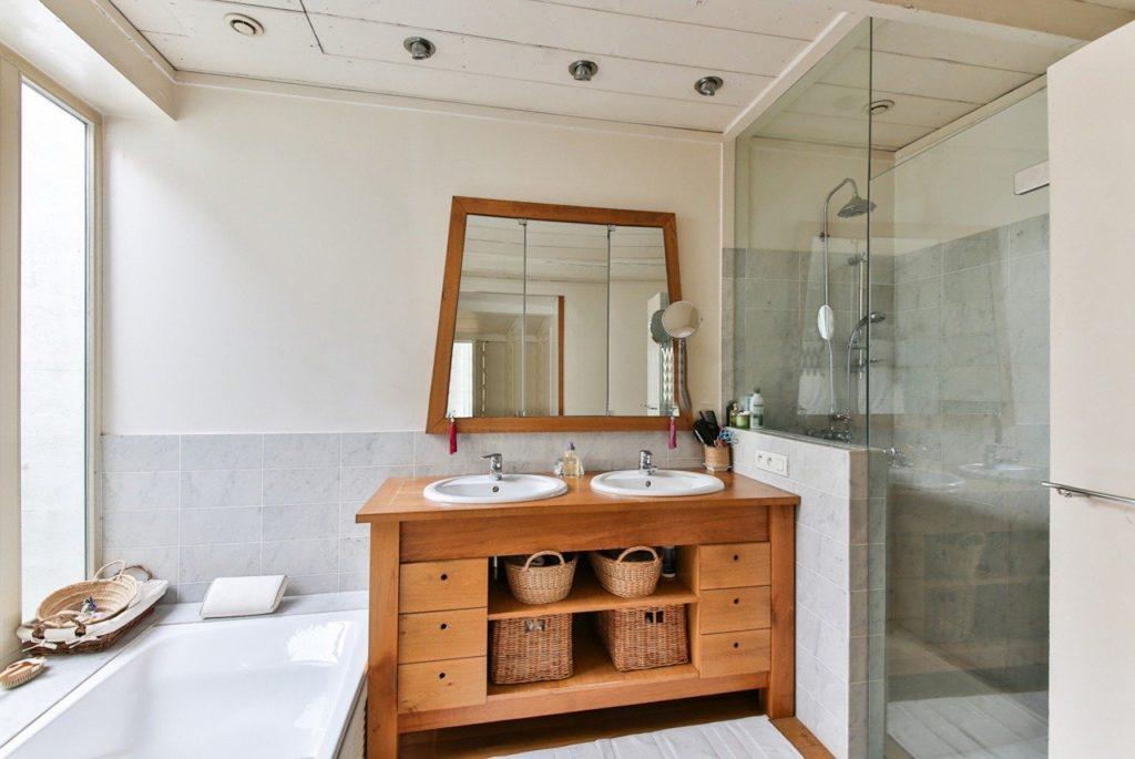 diseño muebles de madera para baños en restaurantes y hoteles en barcelona
