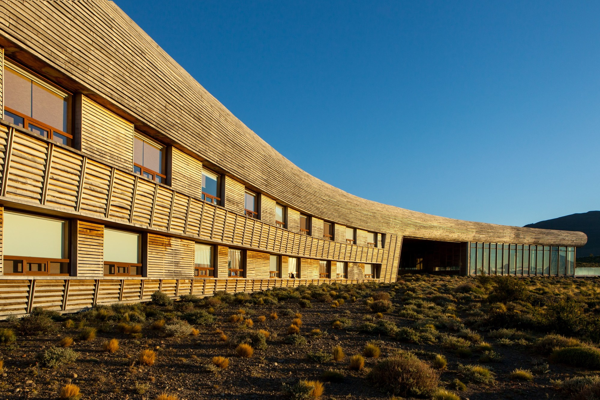 Una vista del exterior del Hotel Tierra Patagonia en Chile.