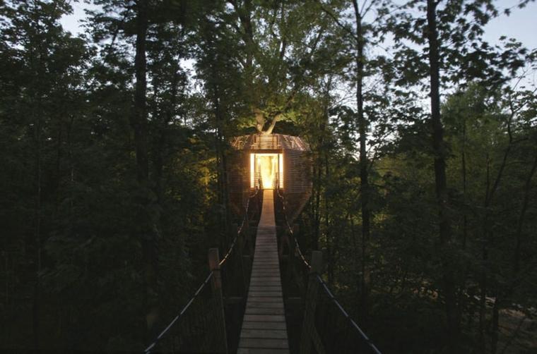 Pasarela de madera cabaña ORIGIN