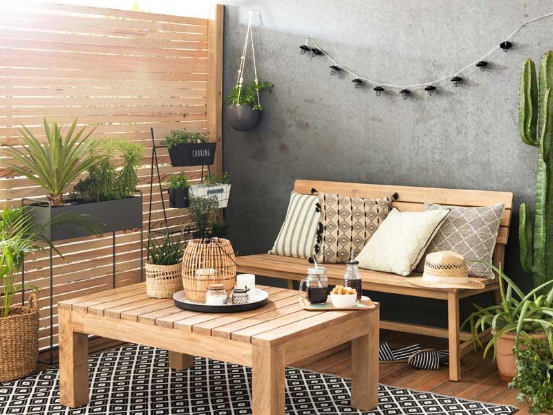 Decoración terraza. Adobe Stock